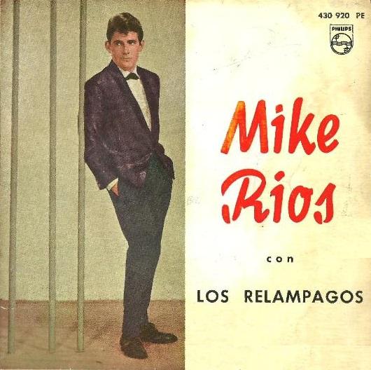 Mike Ríos con Los Relámpagos